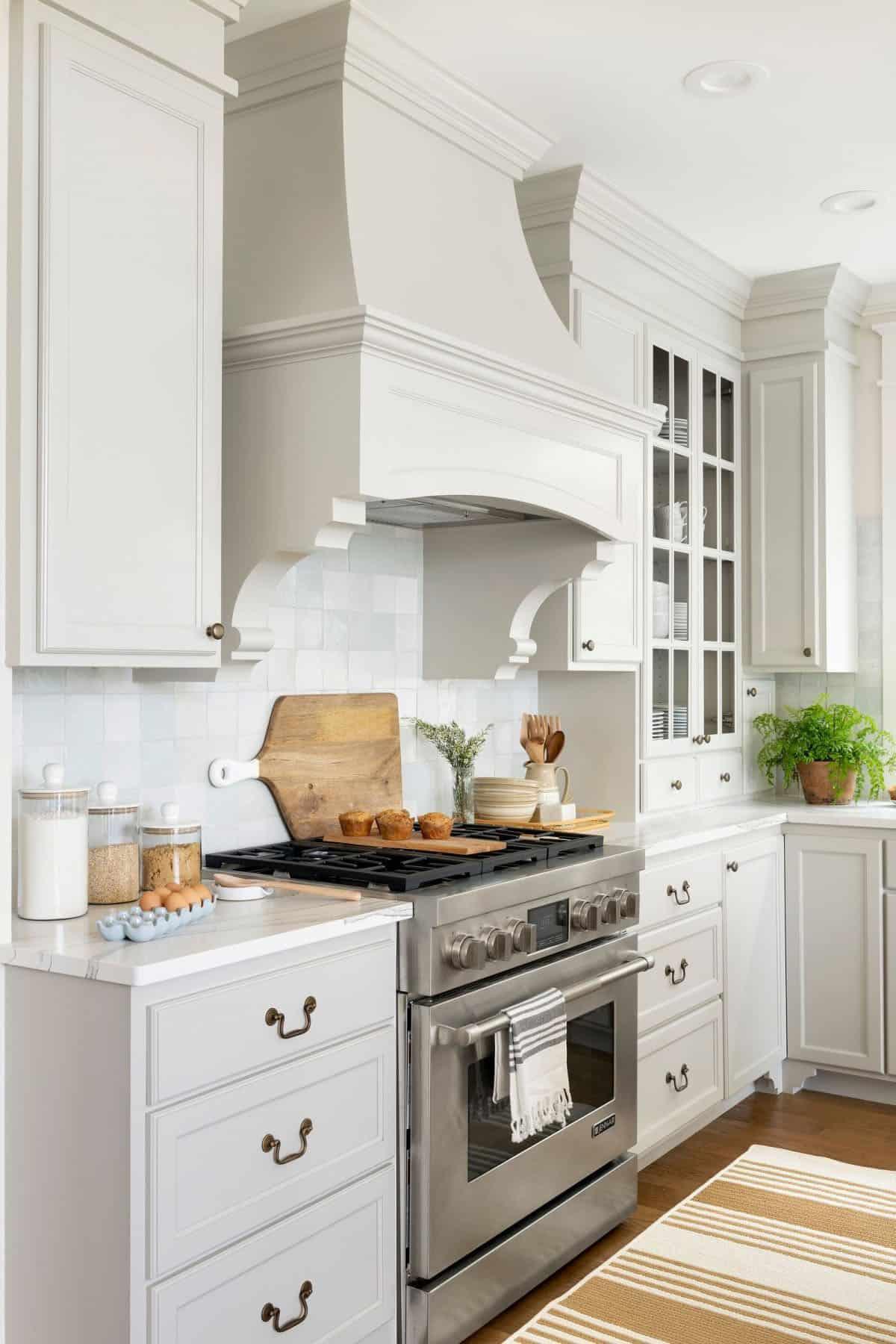 lake-house-kitchen