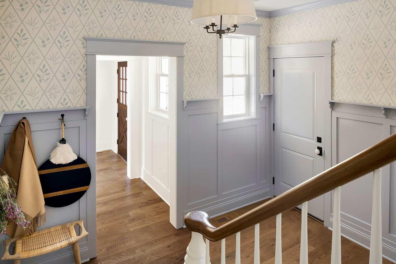 lake-house-staircase