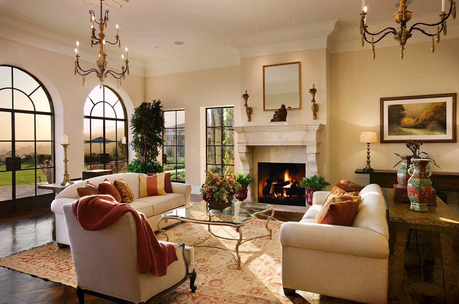 mediterranean-style-living-room-fireplace