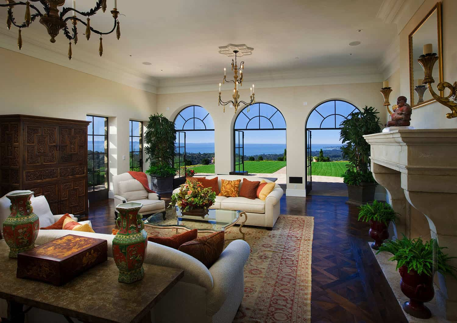 mediterranean-style-family-room-view
