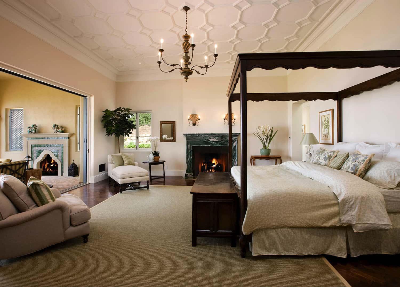 mediterranean-style-bedroom-fireplace