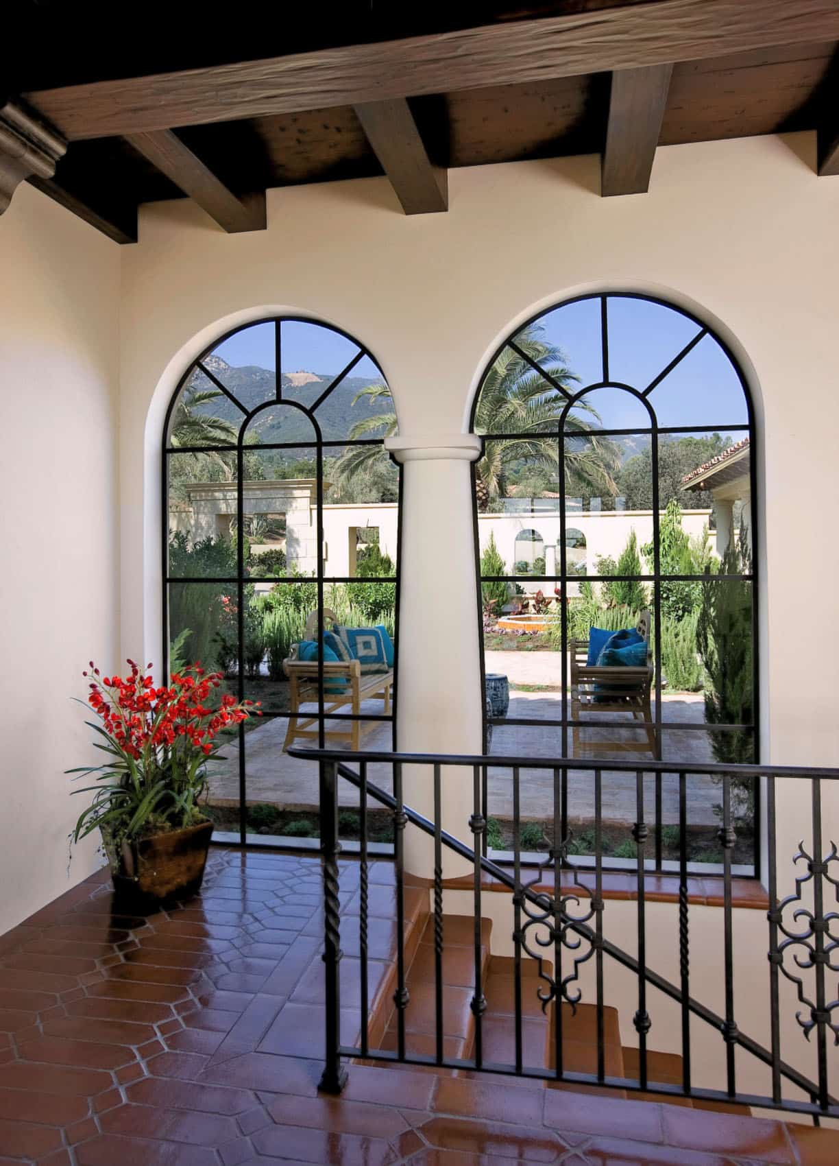 mediterranean-style-staircase-landing-and-patio