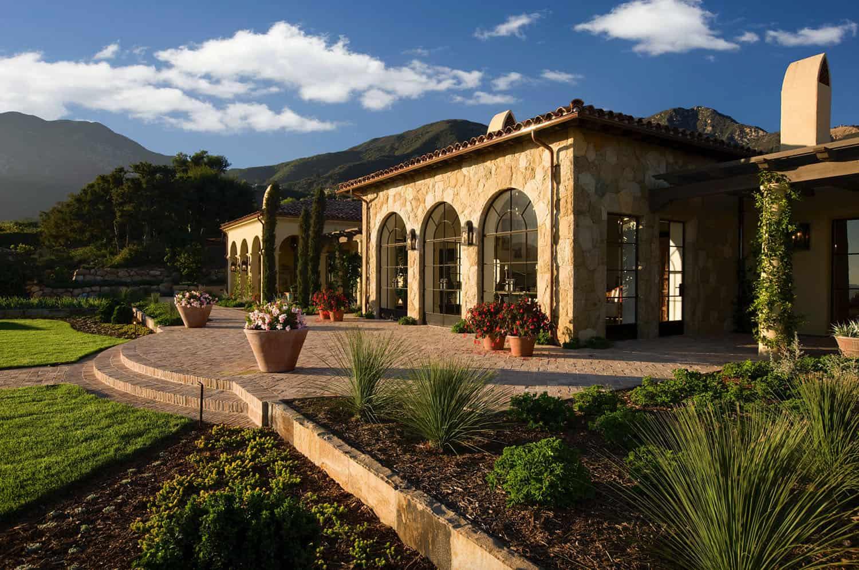 mediterranean-estate-exterior-and-landscaping