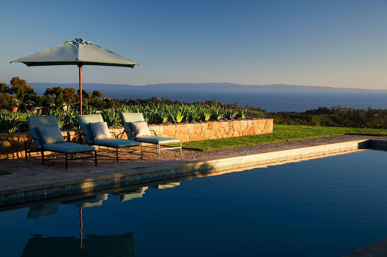 mediterranean-estate-swimming-pool-and-landscaping