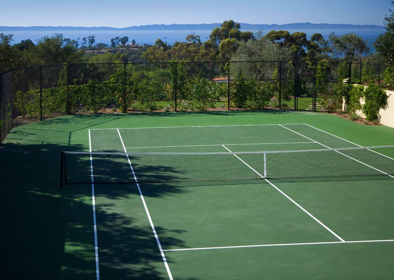 mediterranean-estate-tennis-court