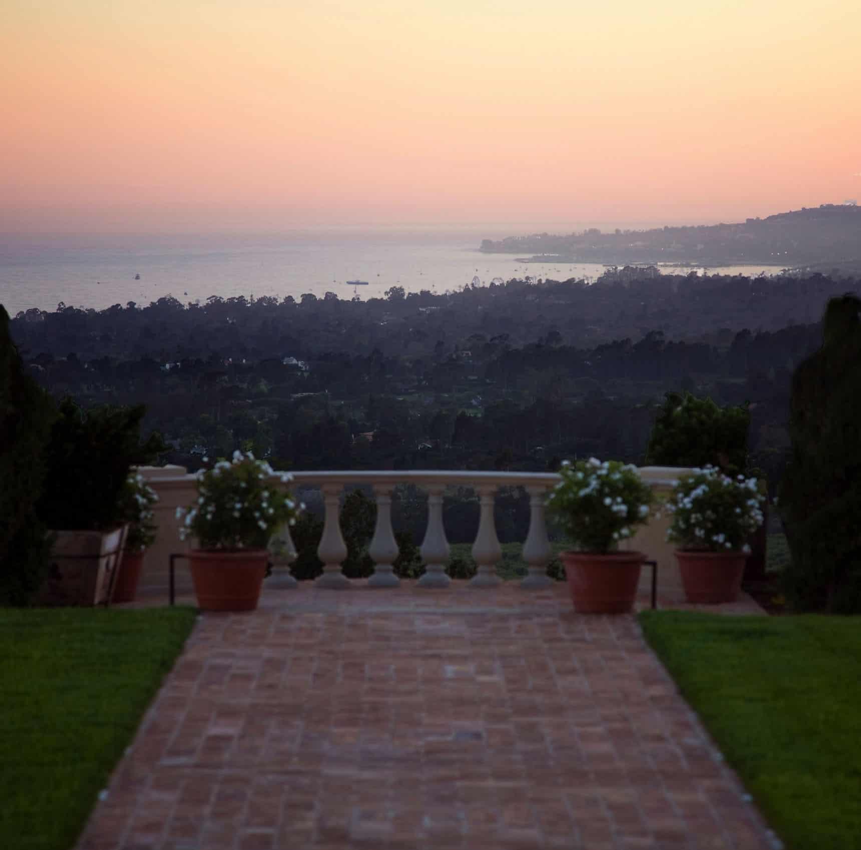 mediterranean-estate-landscape