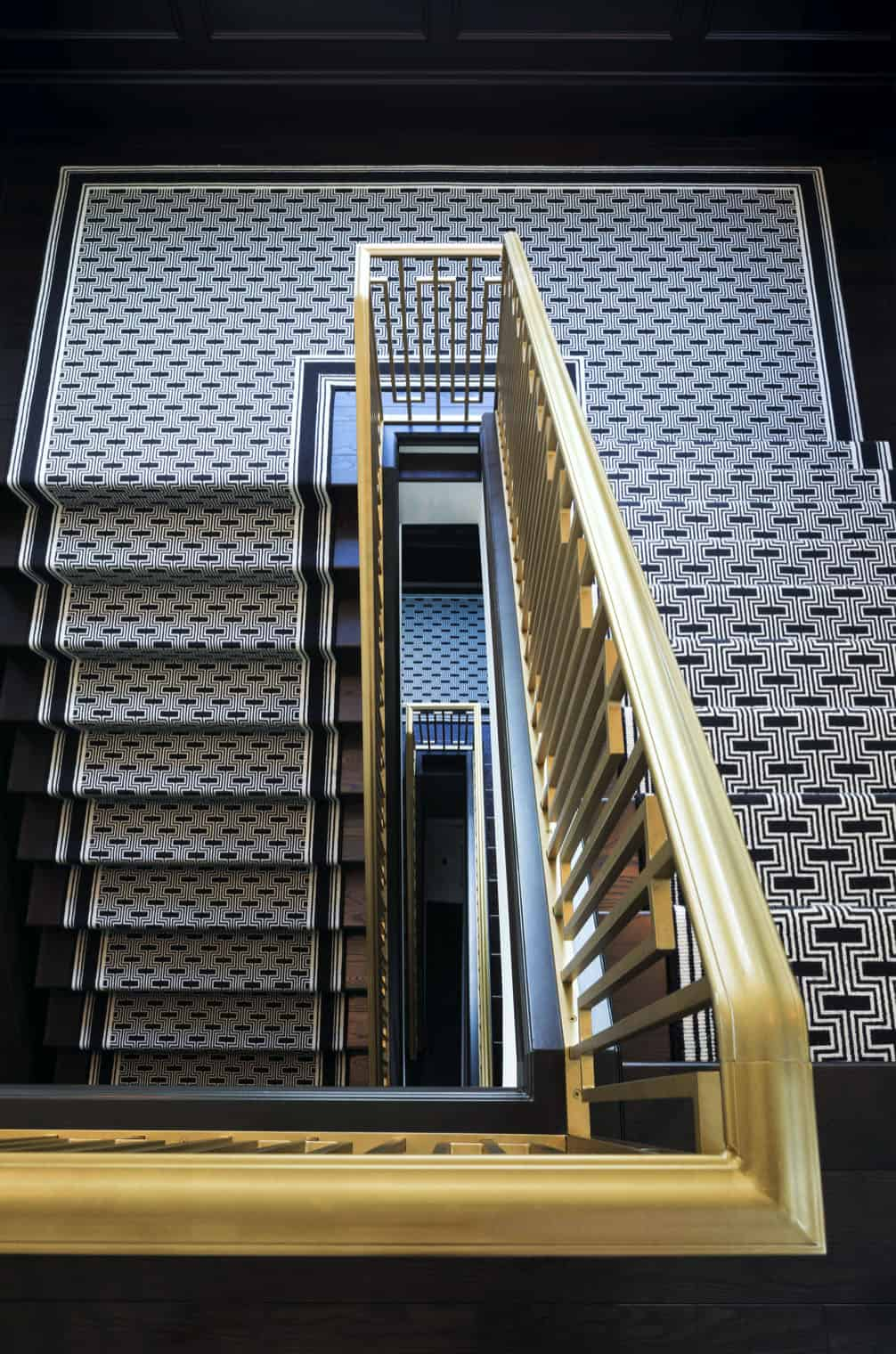 Talijanska-elegancija-stubište
