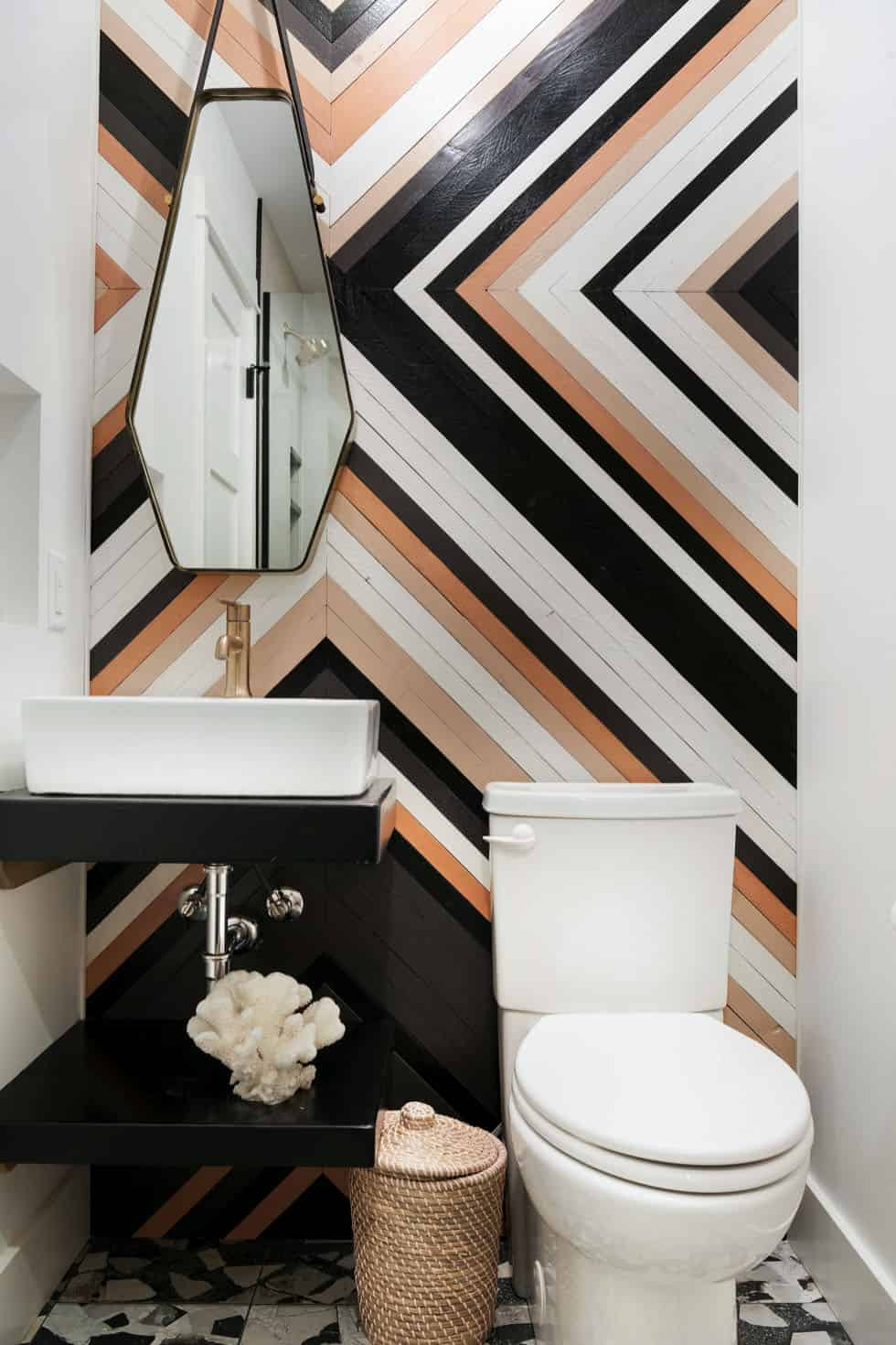 midcentury-bohemian-bathroom