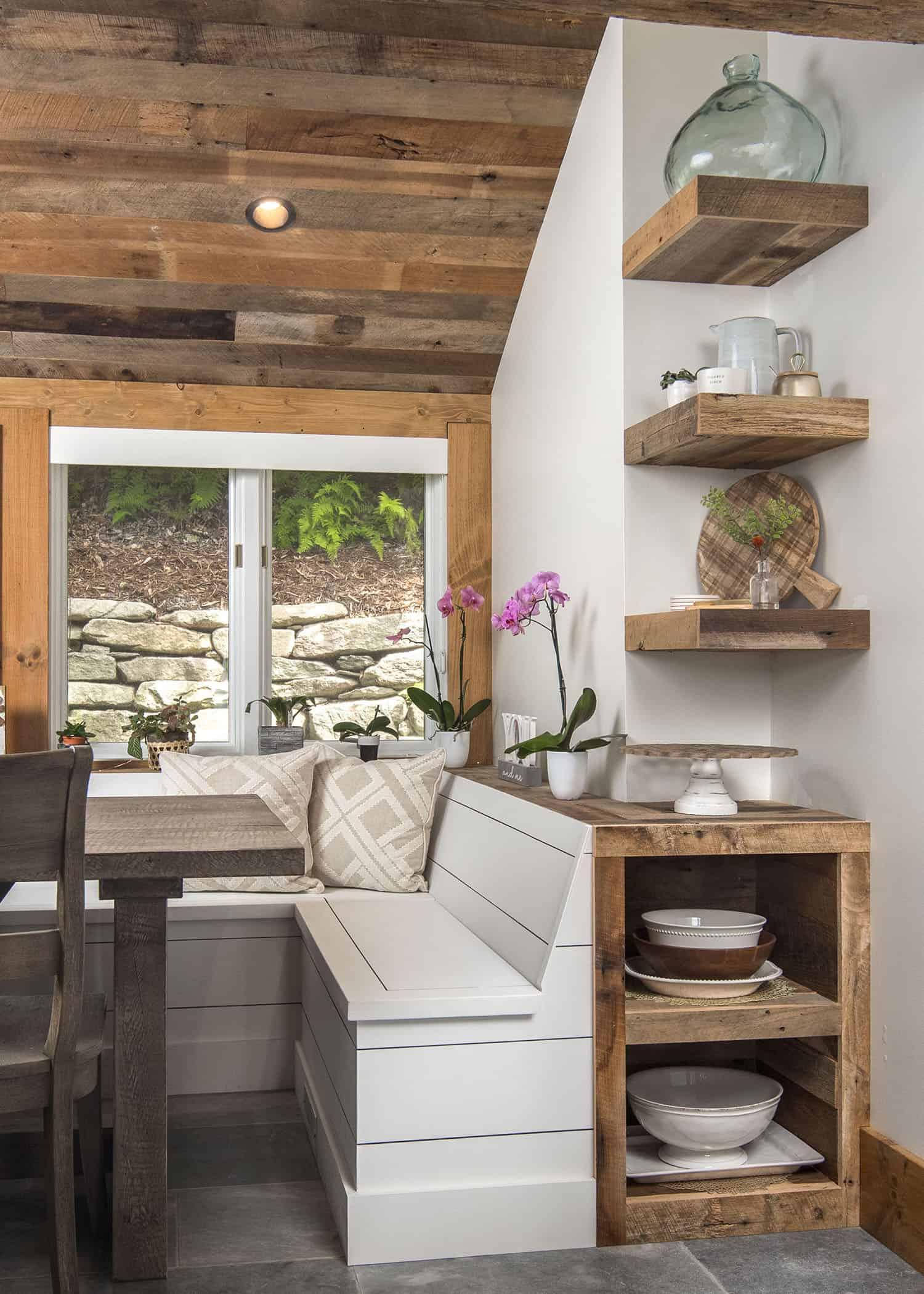 mountain-modern-dining-nook