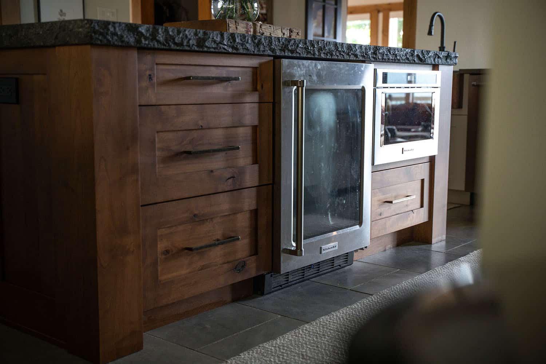 mountain-modern-kitchen-cabinet-detail