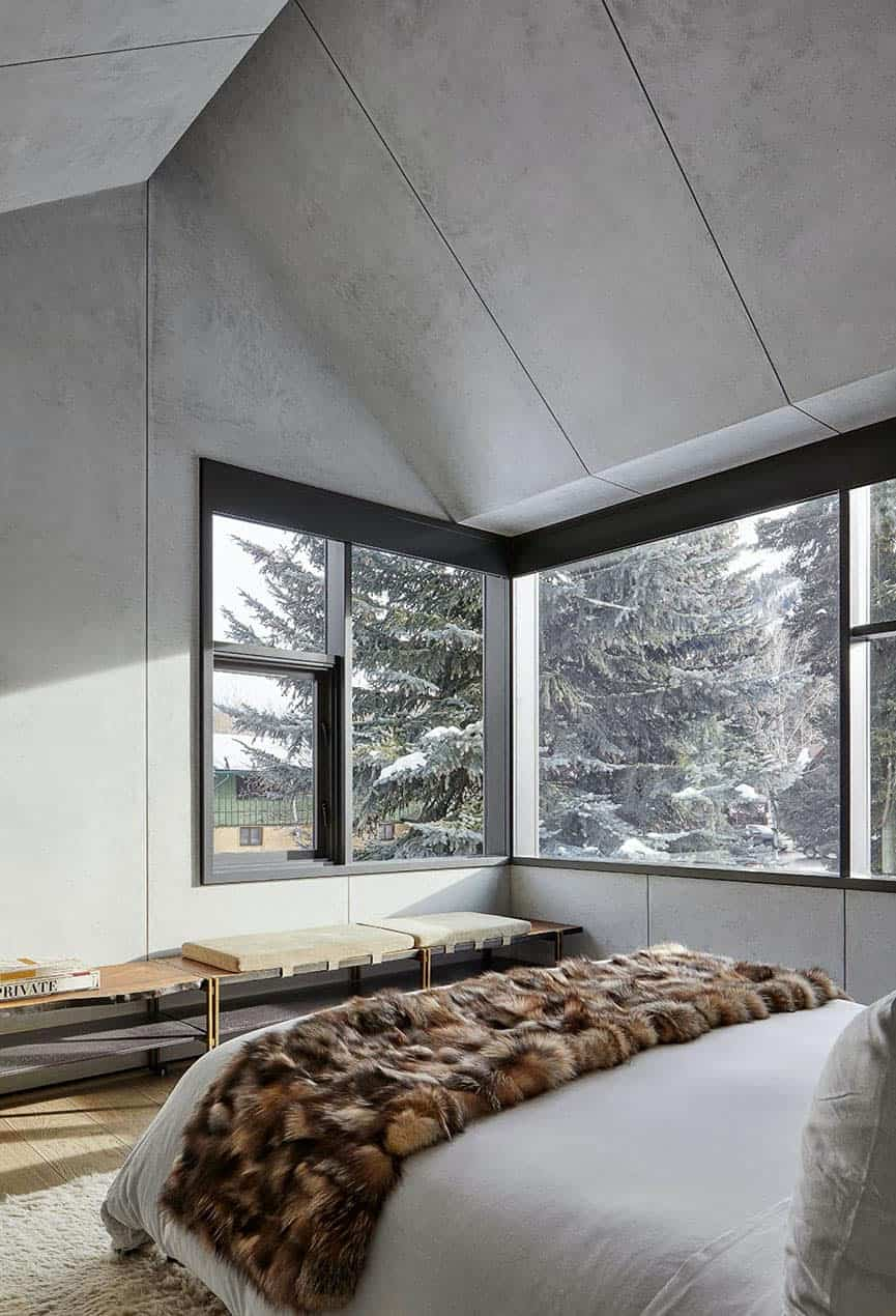 modern-ski-retreat-bedroom