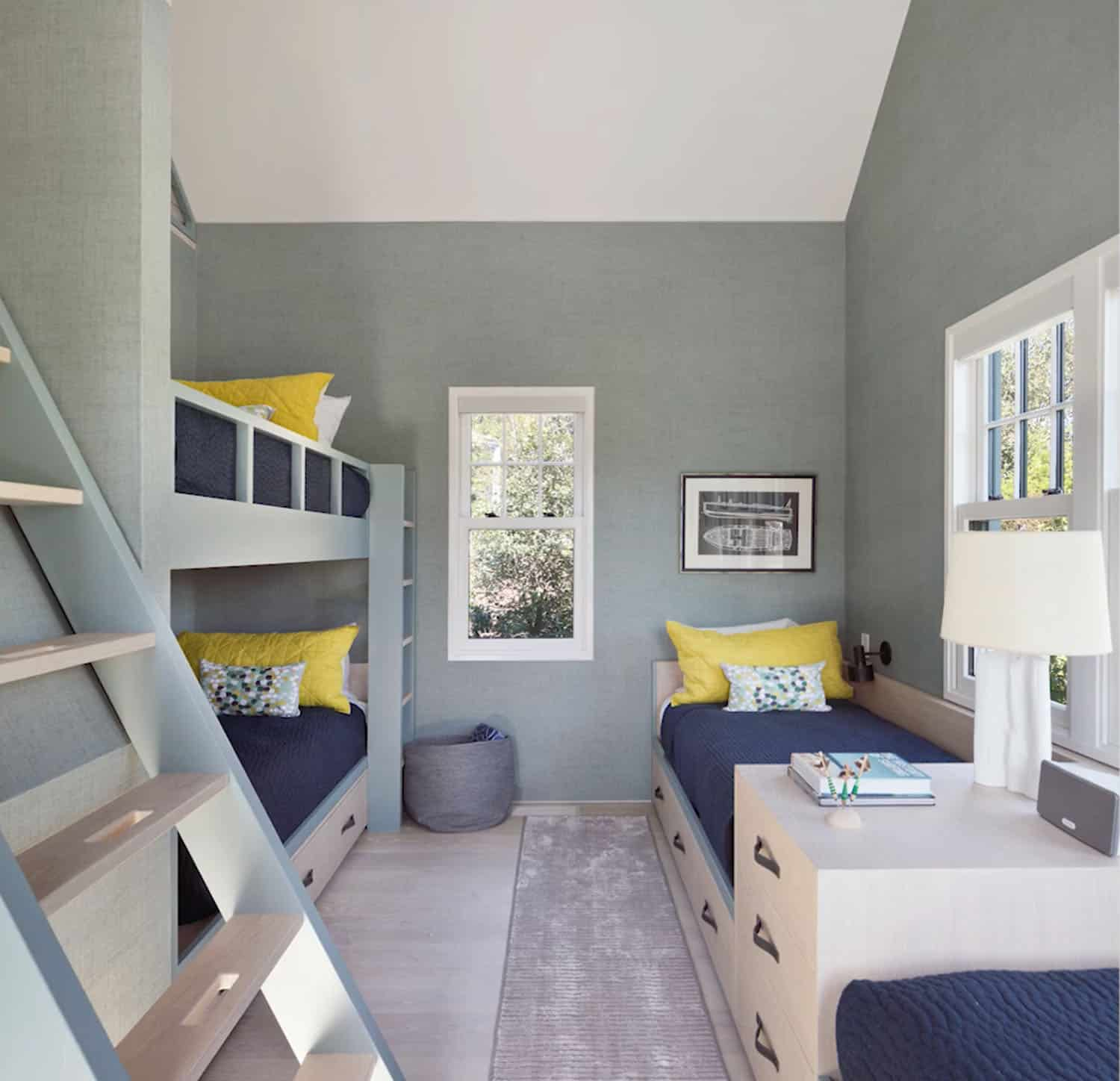 modern-beach-style-kids-bunk-bedroom