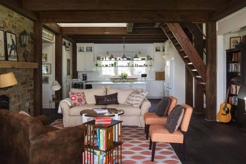 porch-cabin-living-room