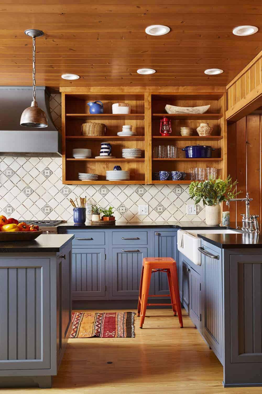 kuhinja u rustikalnom stilu u kabini