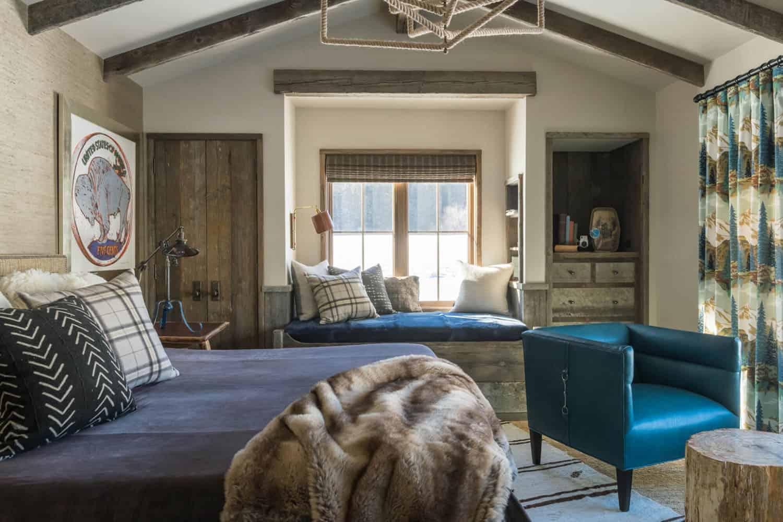 guest-house-rustic-bedroom