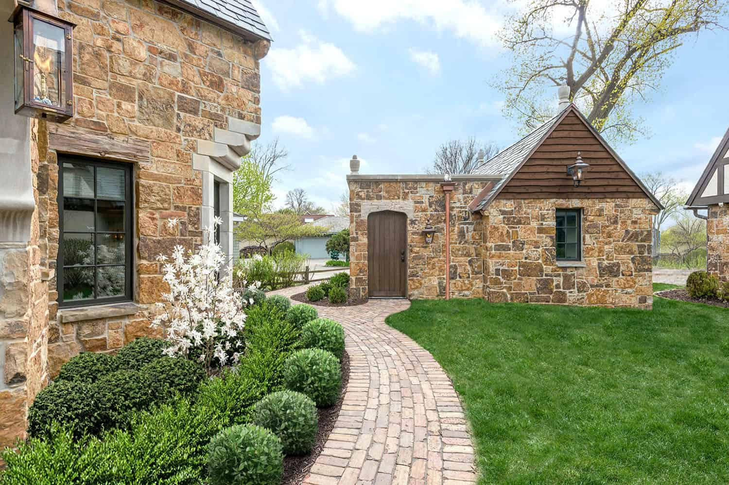 traditional-stone-cottage-exterior