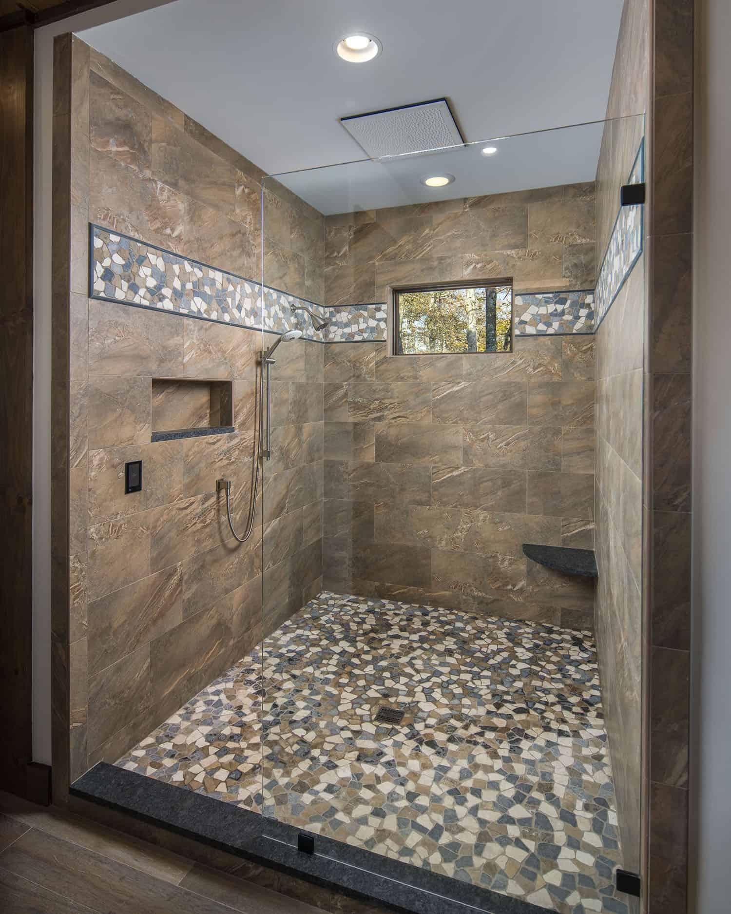 rustic-ski-retreat-bathroom-shower
