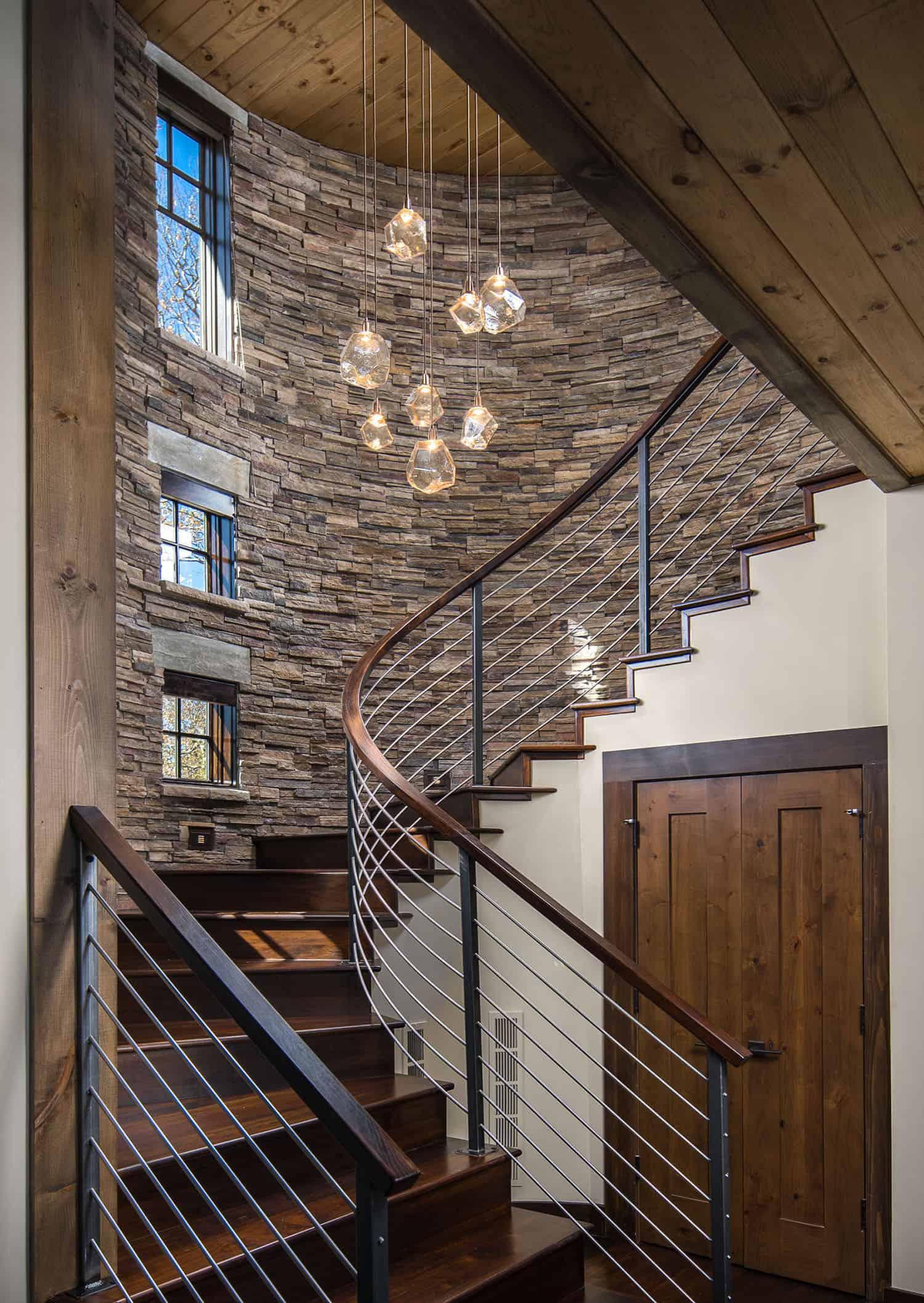 rustic-ski-retreat-staircase