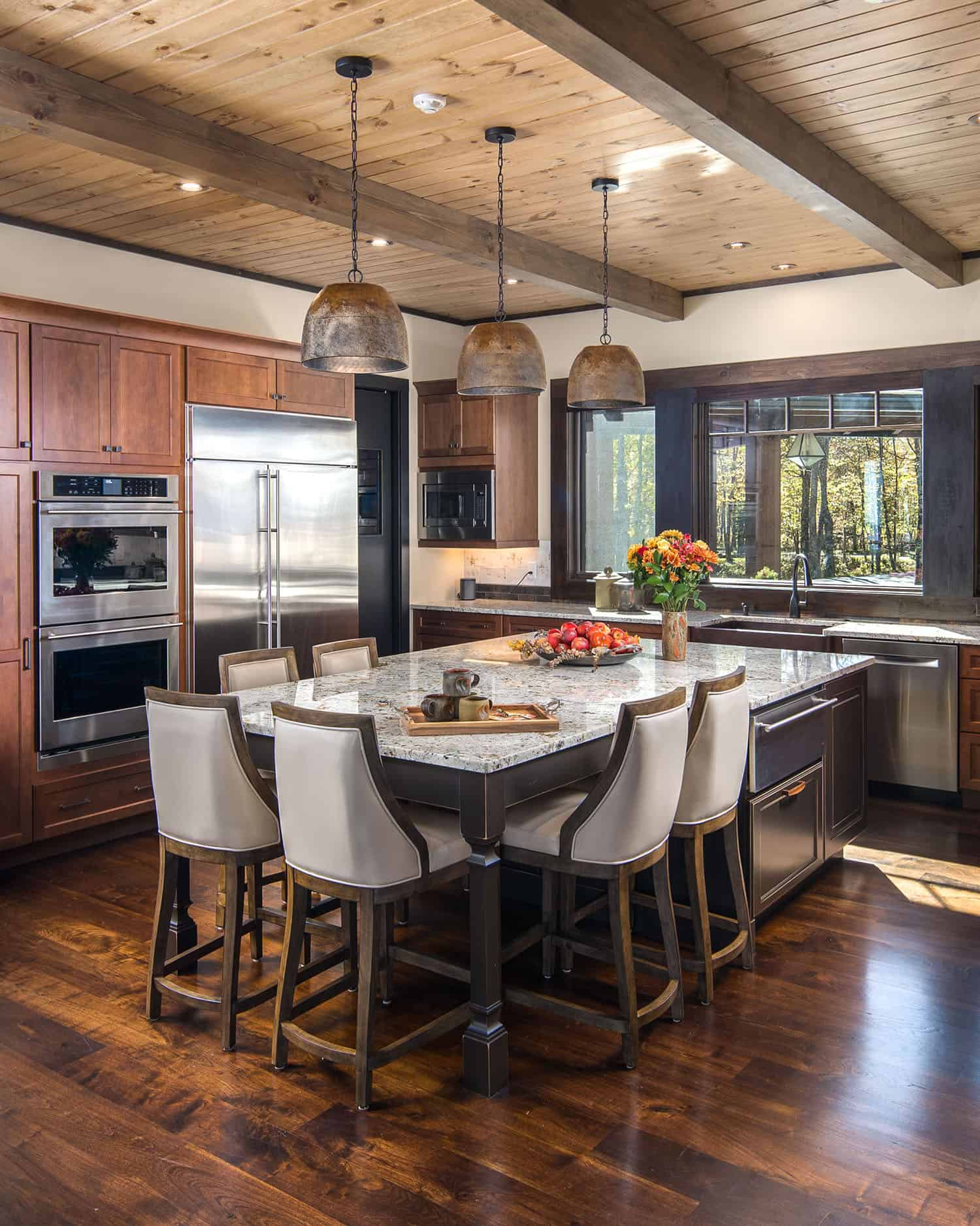 rustic-ski-retreat-kitchen