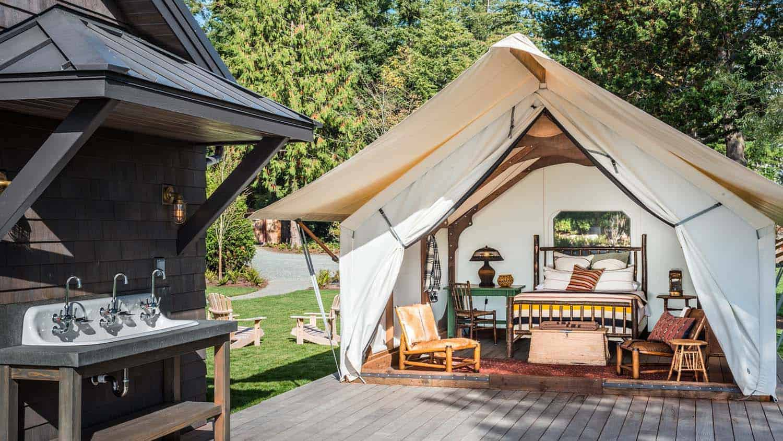 rustic-camp-like-retreat-exterior