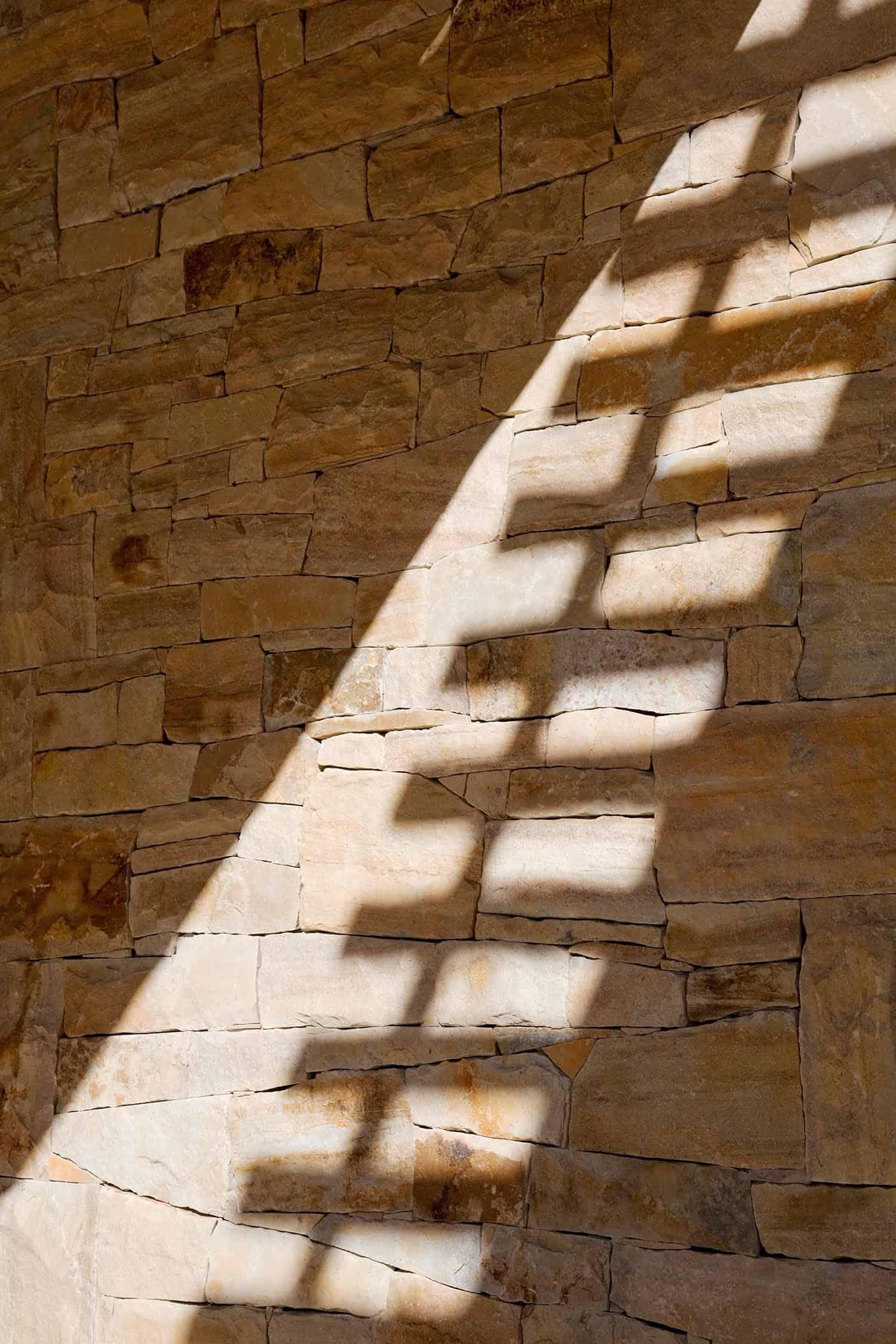 farmhouse-wall-detail