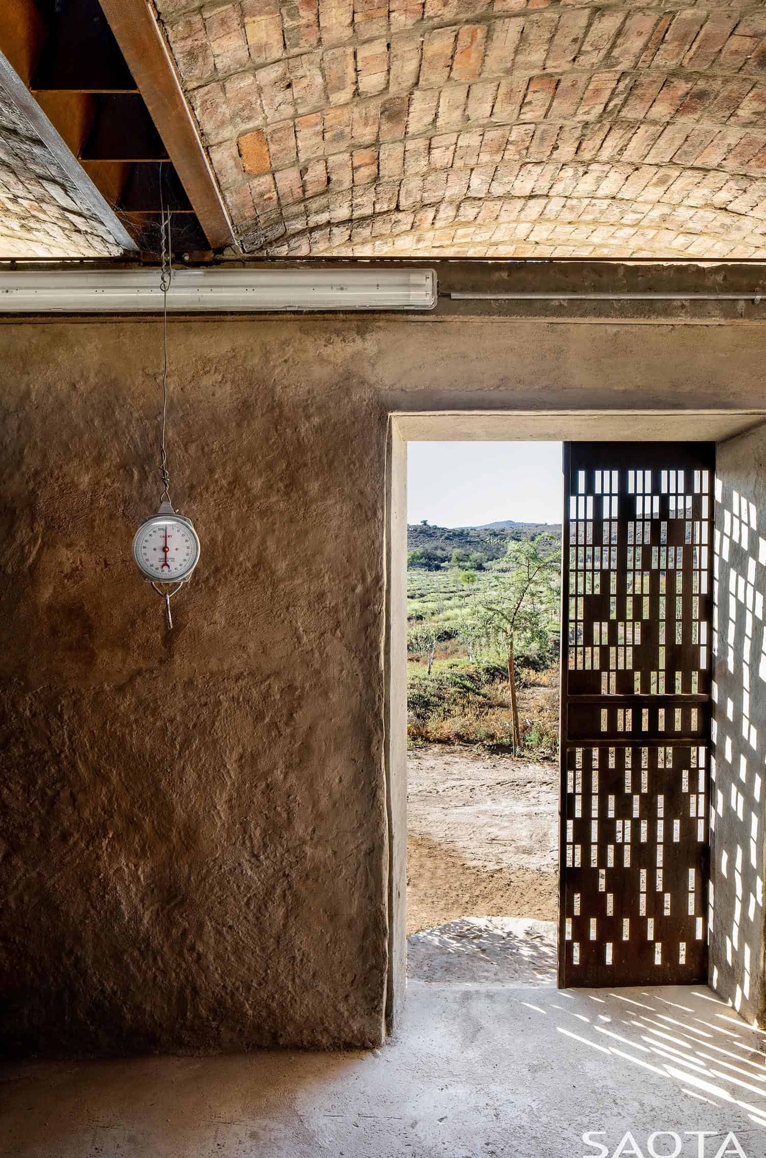 heritage-farm-entry