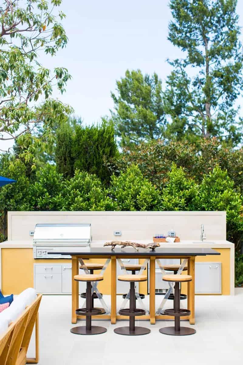 mediterranean-outdoor-kitchen