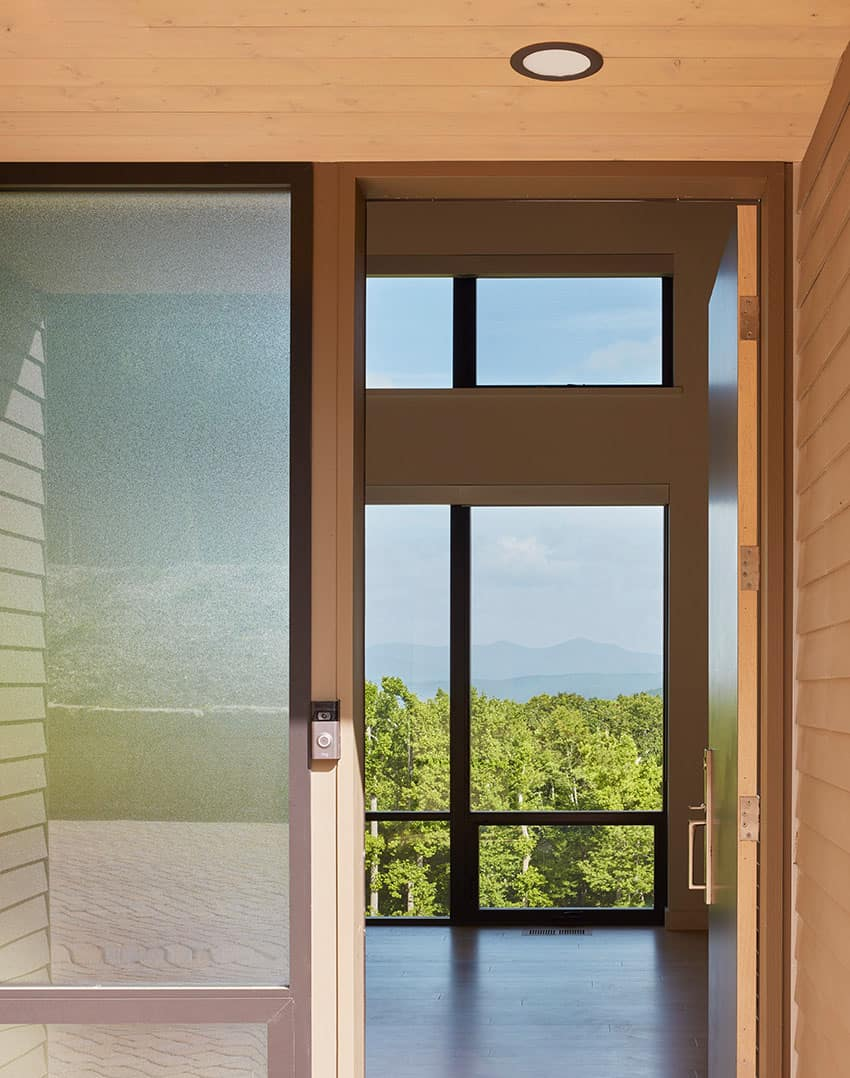 minimalist-home-entry
