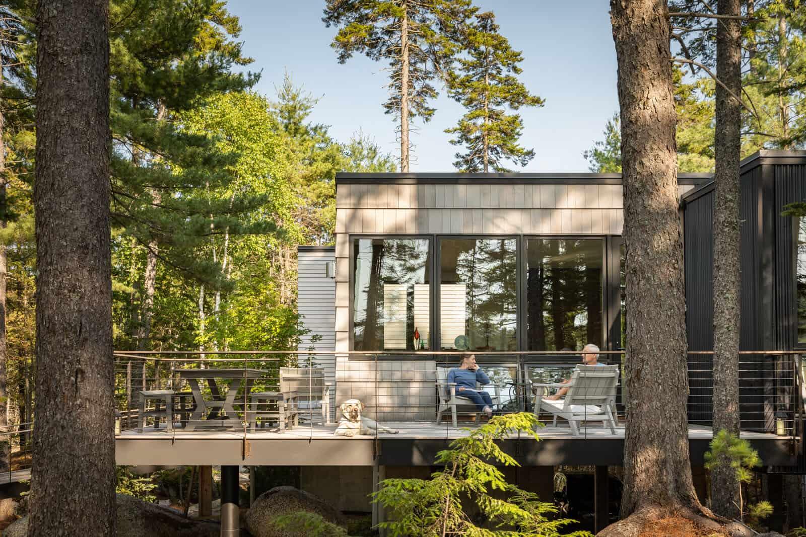 modern-cabin-retreat-exterior