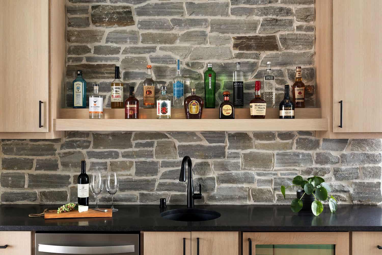 scandinavian-home-bar