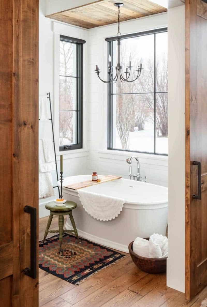 moderna-seoska kuća-kupaonica u planinskom stilu