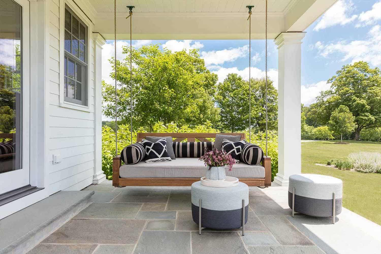 modern-farmhouse-covered-porch