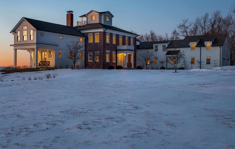 moderna-seoska kuća-eksterijer-snijeg