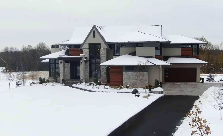 modern-farmhouse-exterior-snow