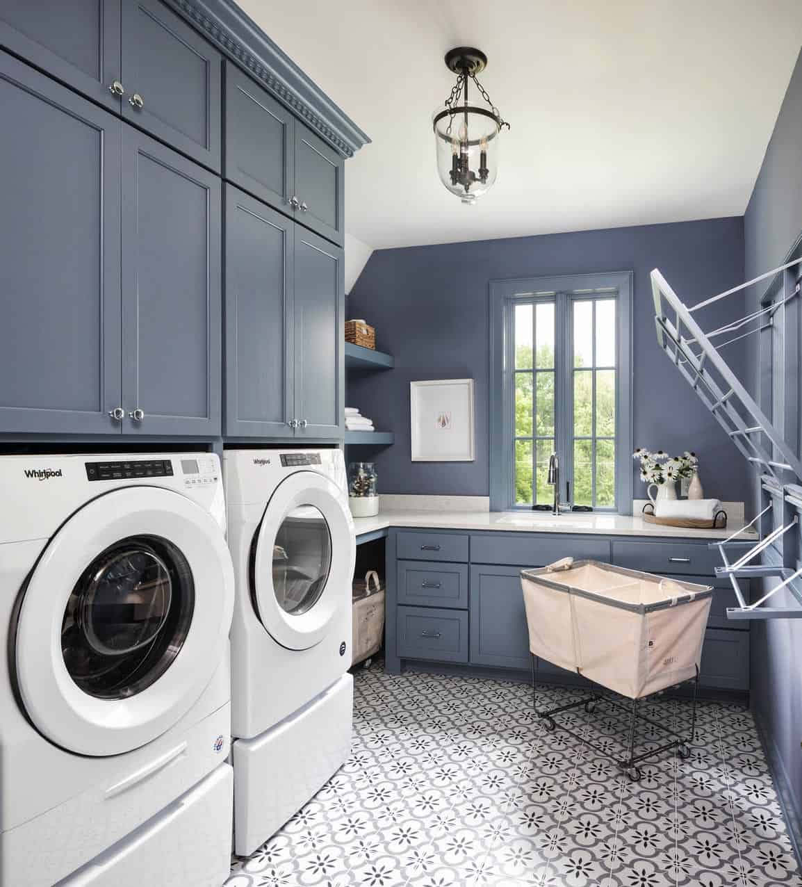modern-transitional-laundry-room