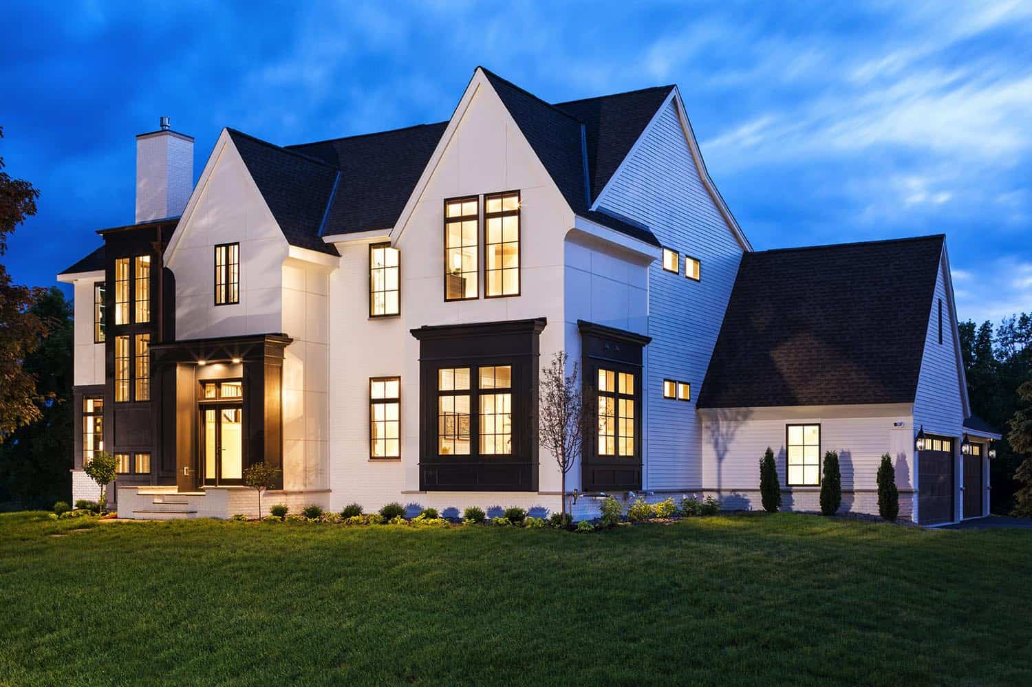 modern-transitional-home-exterior