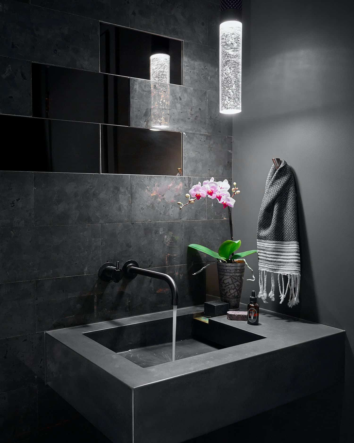 modernist-powder-bath