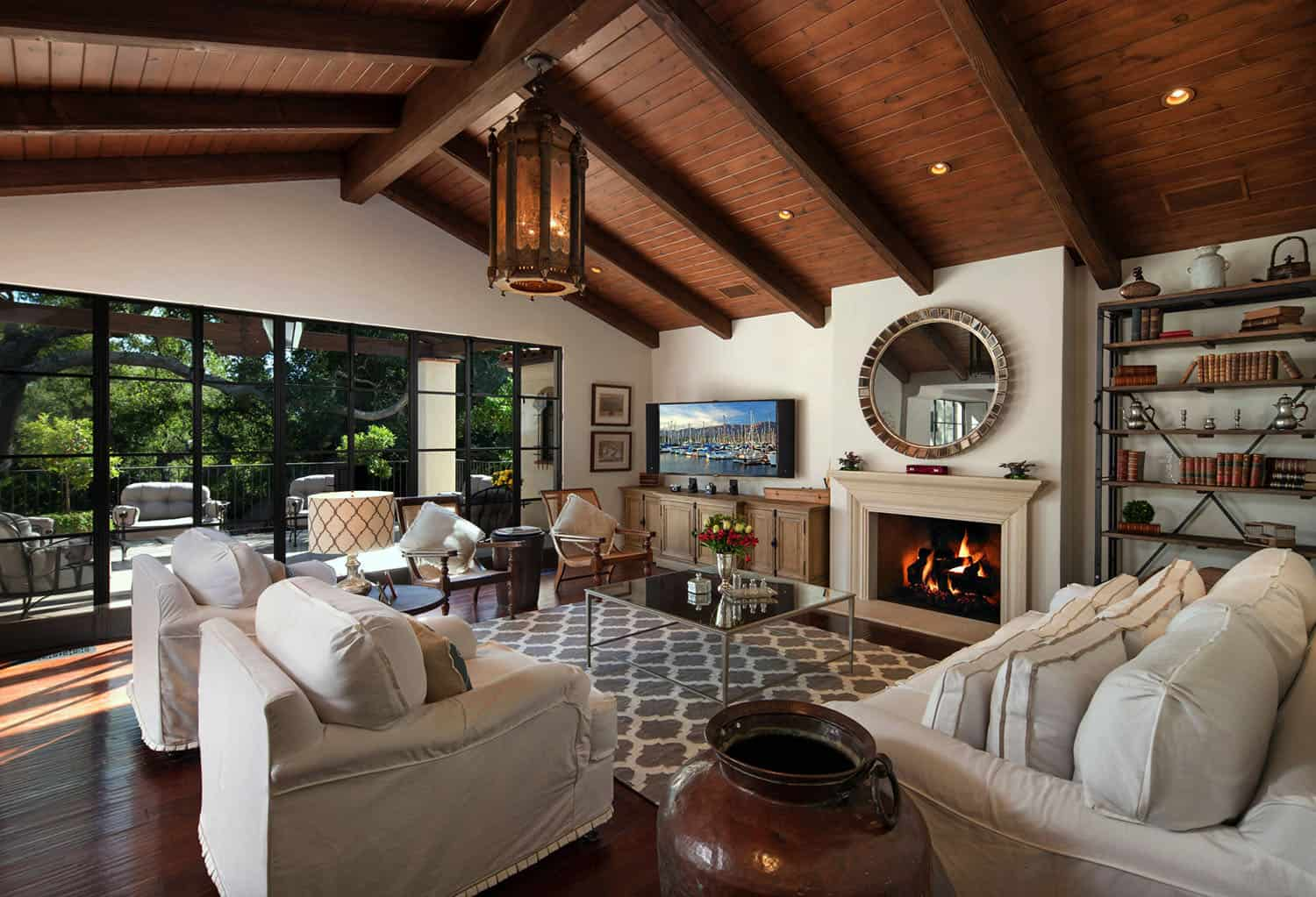 mediterranean-living-room-and-fireplace