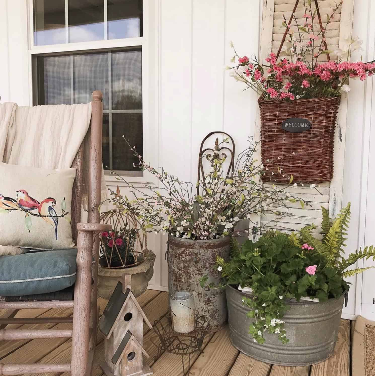 farmhouse-spring-porch-outdoor-furnishings