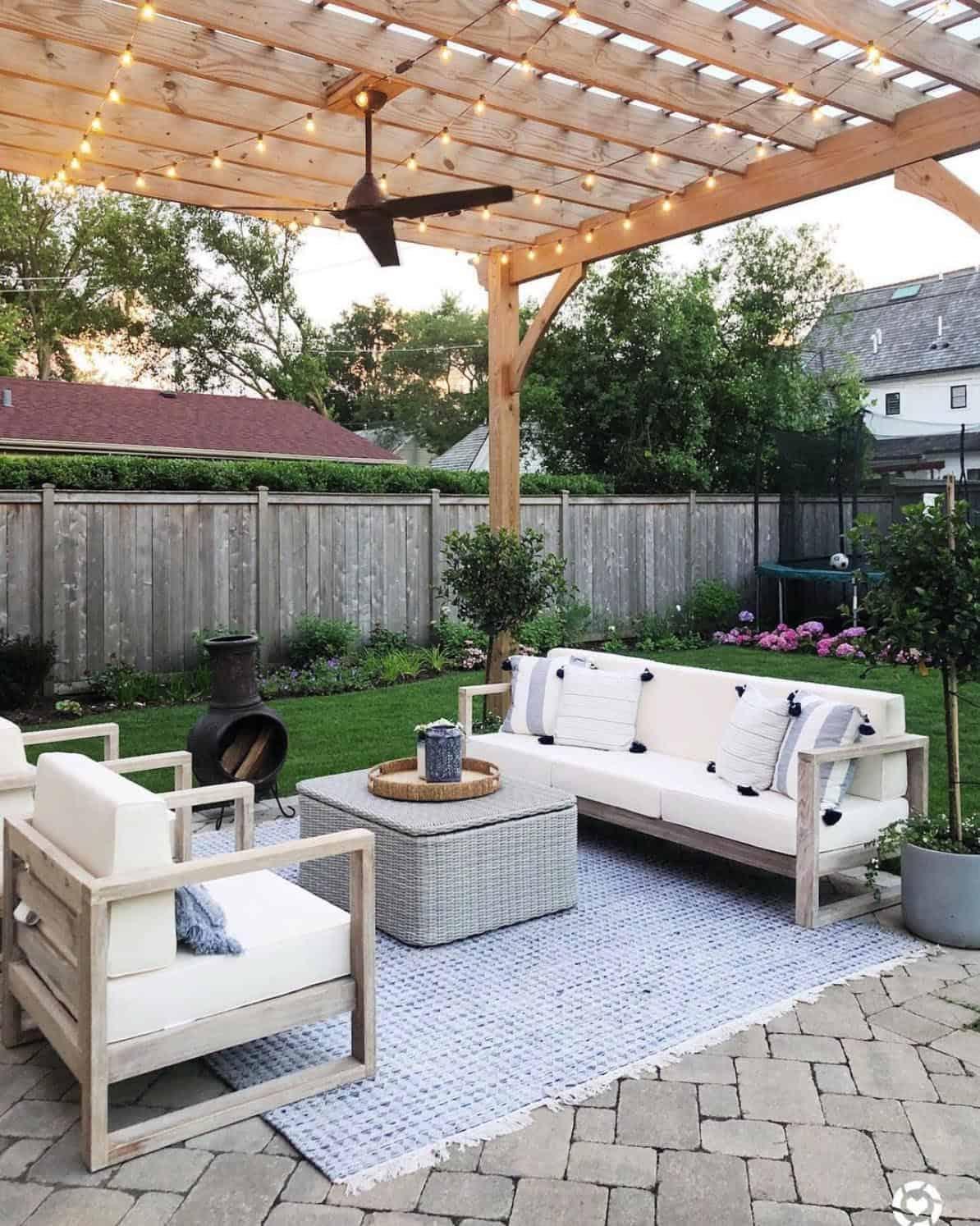 dreamy-backyard-patio