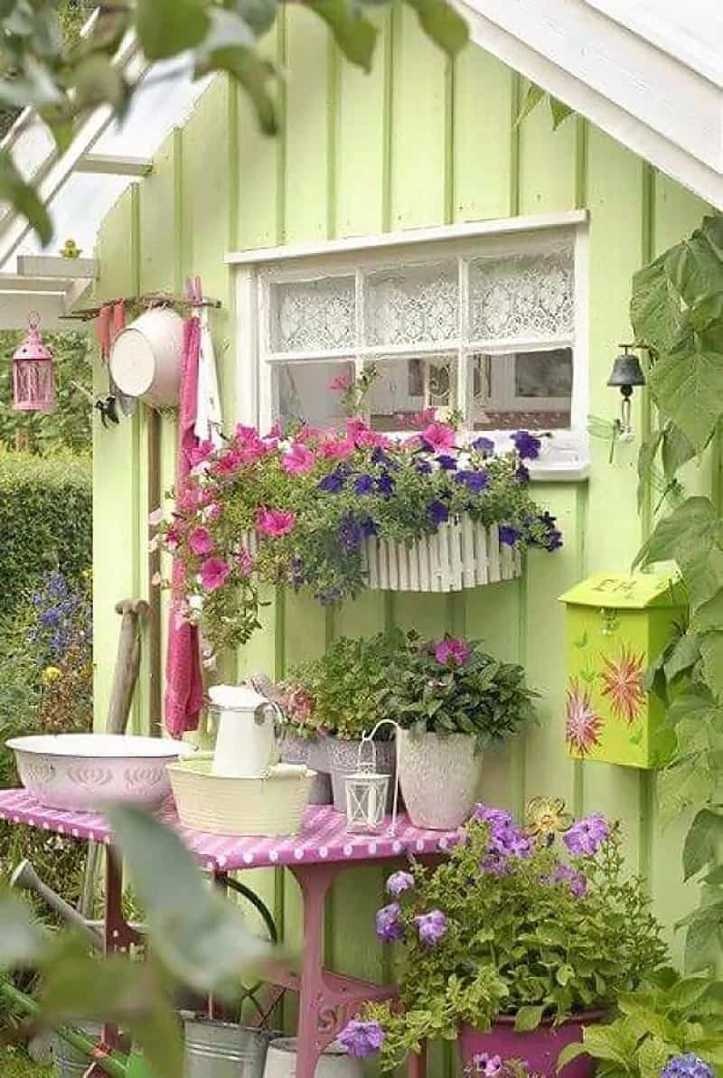 shabby-chic-garden-shed