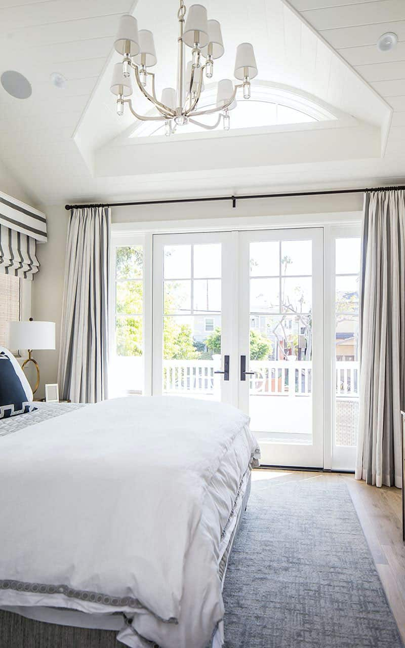 traditional-master-bedroom