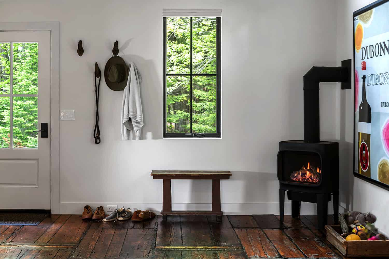 barn-home-entry