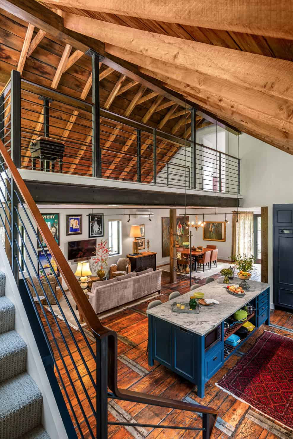 barn-home-eclectic-staircase