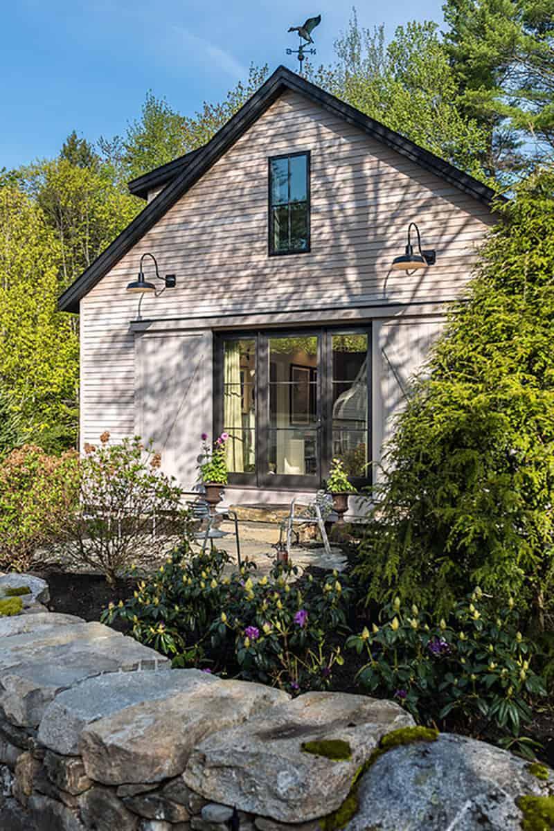 barn-home-exterior