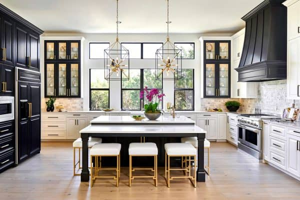 featured posts image for This fabulous home makeover in Texas features the dreamiest kitchen