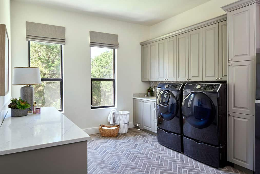 transitional-laundry-room-remodel