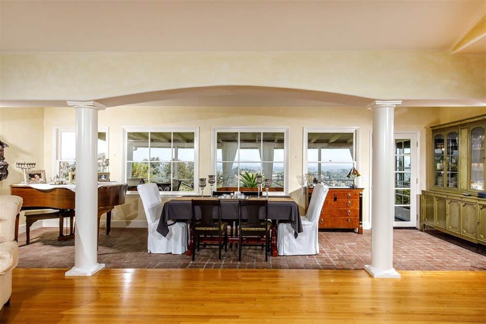 house-renovation-before-image-dining-room