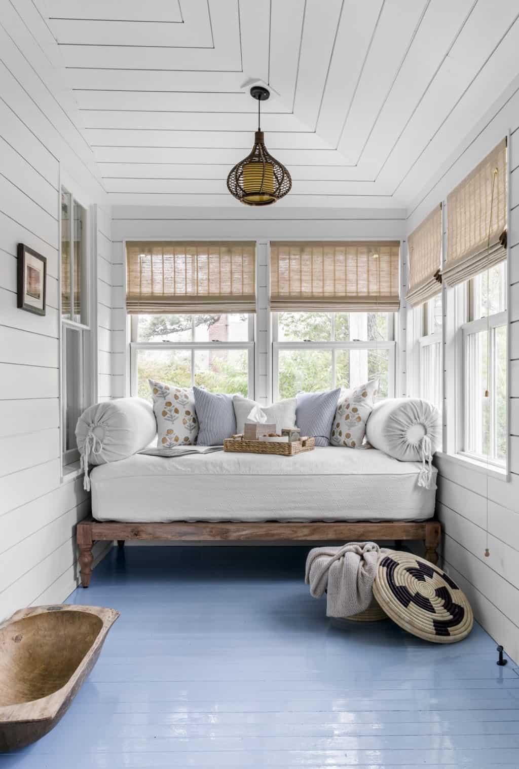 agrarian-cottage-sunroom