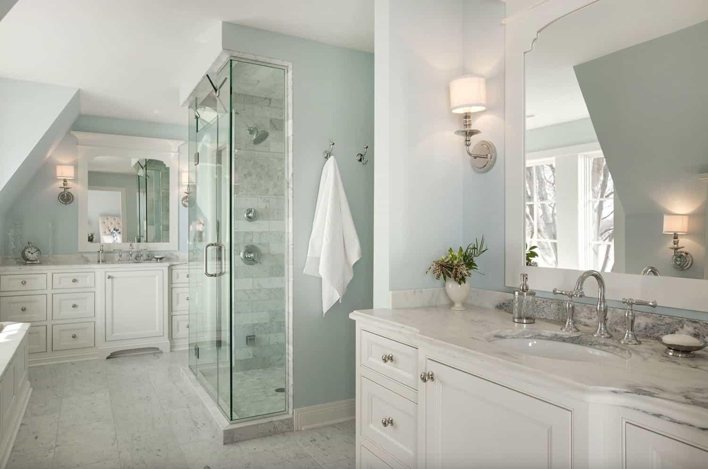 cottage-style-bathroom